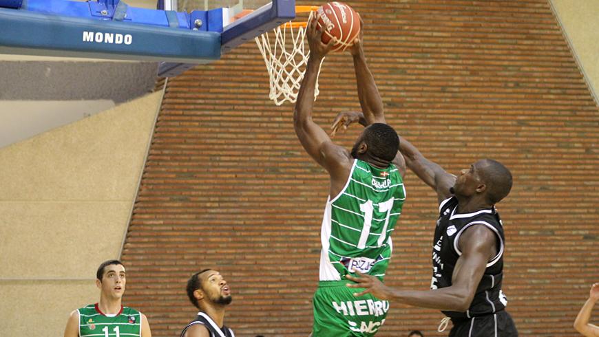 Espectáculo y diversión en Larrea y triunfo para el Dominion Bilbao Basket (66-89)